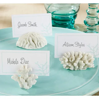 https://www.partycity.com/white-coral-place-card-holders-635525.html?cgid=summer-decorations