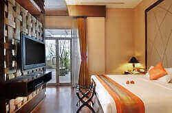 THE LUXTON HOTEL BANDUNG terletak di jalan Dago Bandung