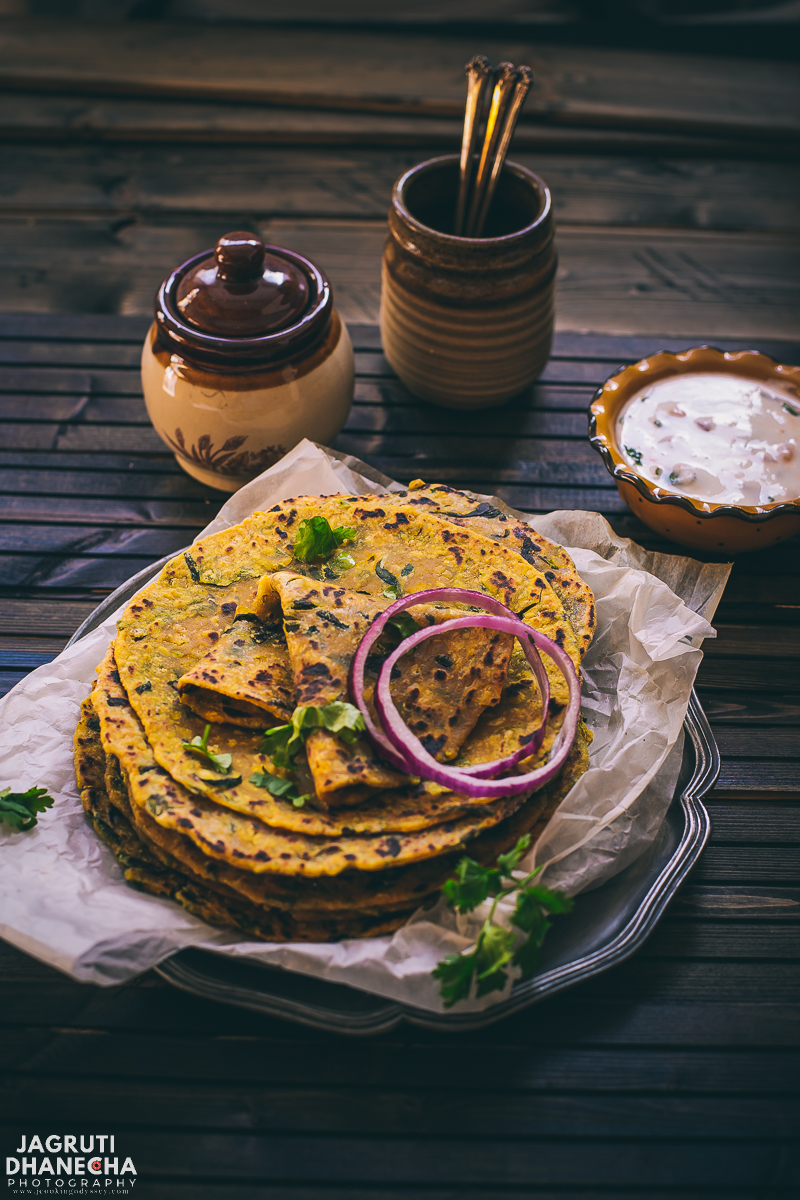 Dal Methi Paratha or lentil and fresh fenugreek pan-fried Indian flatbread is delicious and flavourful Indian bread that is so easy and quick to make. Dal methi Paratha prepared with leftover dal, fresh feungreek leaves and some basic spices.