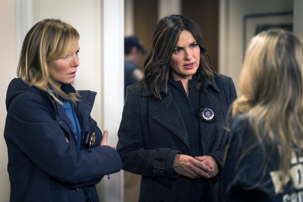 Law and Order: SVU - Episode 18.10 - Motherly Love - Promos, 4 Sneak Peeks, Promotional Photos & Press Release (400th Episode)