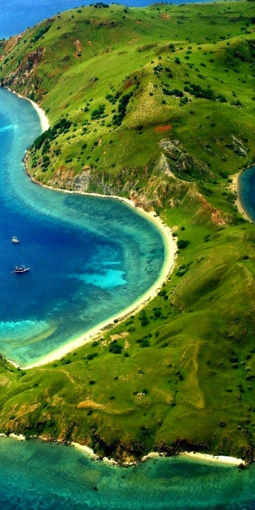 10 Places You Shouldn't Miss in Indonesia | Komodo Island National Park, Indonesia