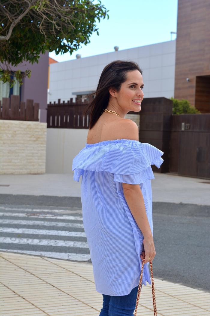 vestido-azul-rayas-sin-hombros-zara