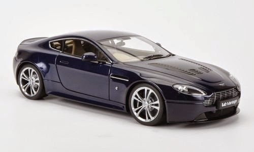 Aston Martin V12 Vantage Metalic Dark Blue