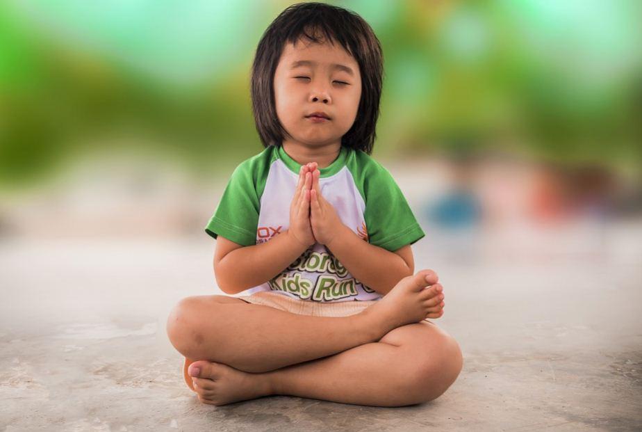 11 Cara Menurunkan Demam Pada Anak yang Bisa Anda Coba