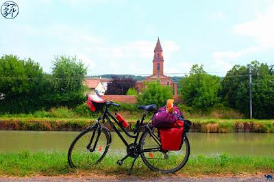 Le Chameau Bleu - Blog Voyage sur Le canal des 2 mers à Vélo - Les 10 choses à savoir sur le Canal de l'entre deux mers à vélo