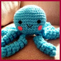 Mini pulpo amigurumi