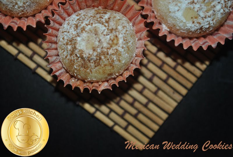 mexican wedding cake cookies martha stewart patyskitchen mexican wedding cookies 17295