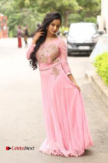Actress Ishika Singh Pictures at Karulo Shikarukelithe Teaser Launch  0055