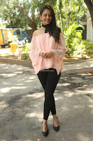 Rakul Preet Singh in lovely Pink Crop Top and Black Trousers at Jaya Janaki Nayaka success meet 056.JPG