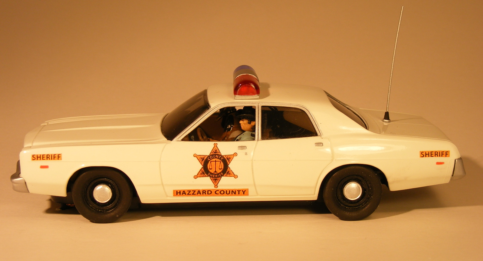 """Slot Car News: Pioneer Plans New Addition to the """"Dukes of ...  The Dukes Of Hazzard 2017 Car"""
