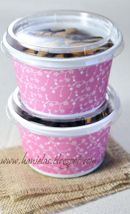 Hanielas Recycle Chobani Yogurt Containers into Storage or Cookie
