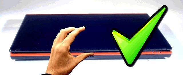 Resultado de imagen para forma correcta de abrrir la laptop