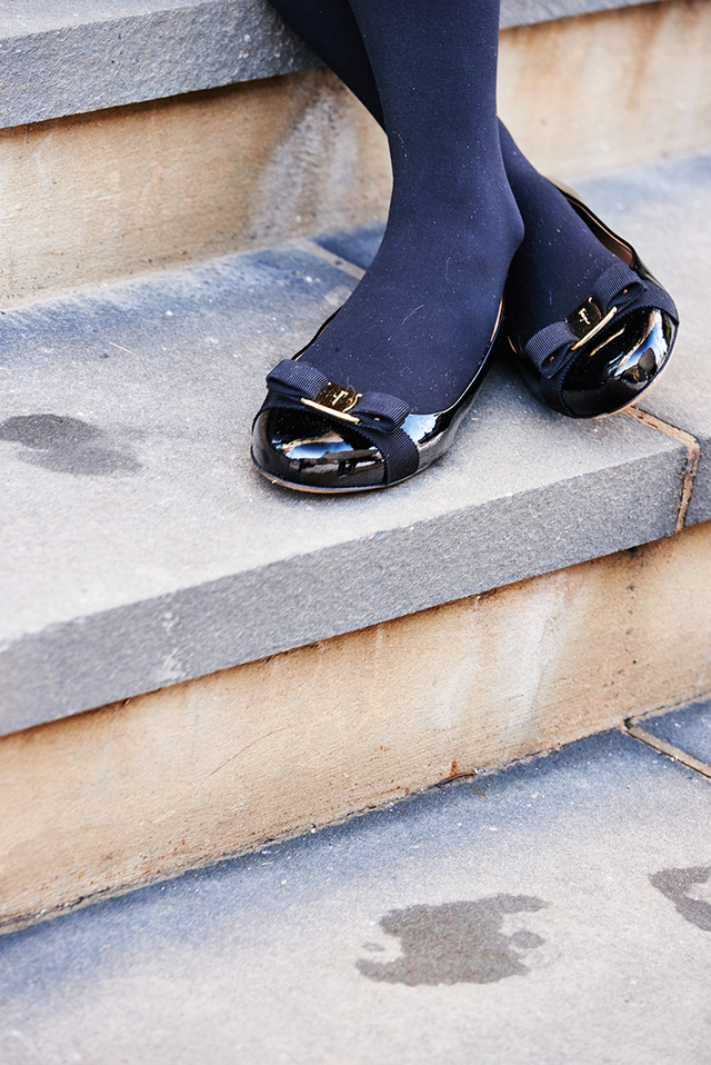 black gold bow flats