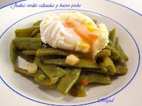 Judías verdes salteadas y huevo Poché