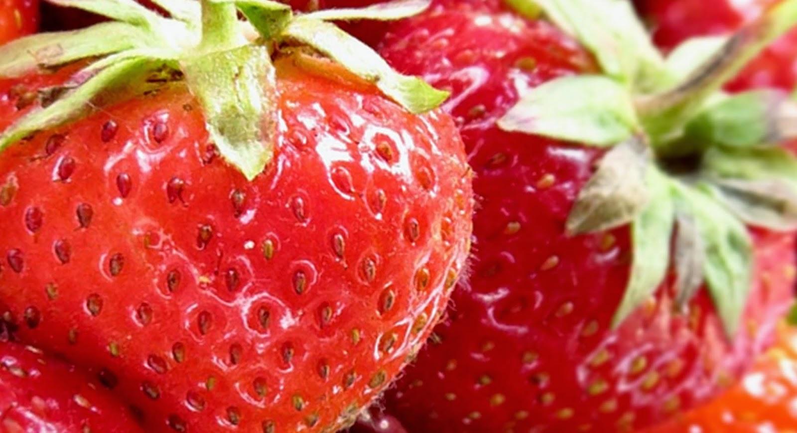 Khasiat dan Manfaat Stroberi untuk Kesehatan Tubuh