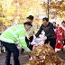 박승원 광명시장, 시민과 함께 거리 낙엽청소 나서