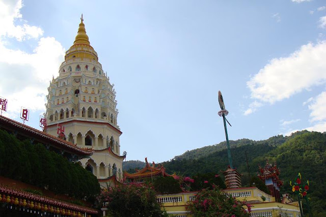 photo of Kek Lok Si Temple also known as Temple of Supreme Bliss