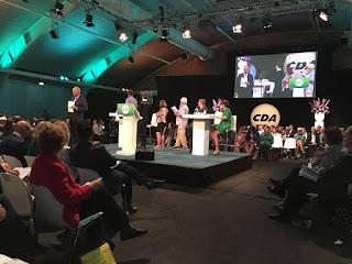 Op het podium bij het CDA congres in Den Bosch, o.a. Bianca, het CDJA, Sybrand Buma, Ruth Peetoom en Rene Peters