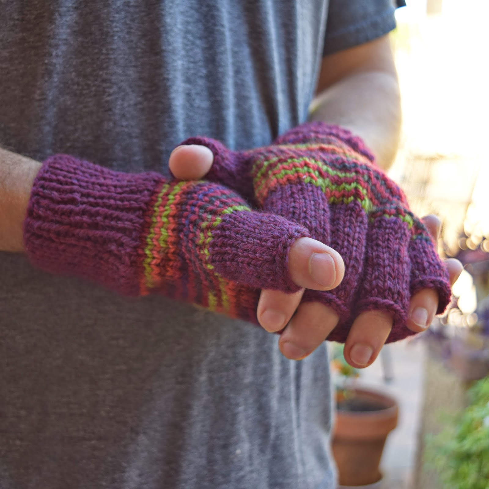 https://www.etsy.com/listing/208988986/mens-fingerless-gloves-fall-colors?ref=shop_home_active_9