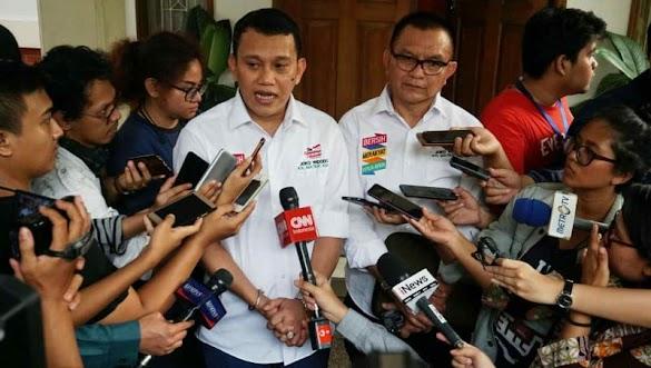 Timses Jokowi-Ma'ruf Tantang Sandi Debat soal Ekonomi
