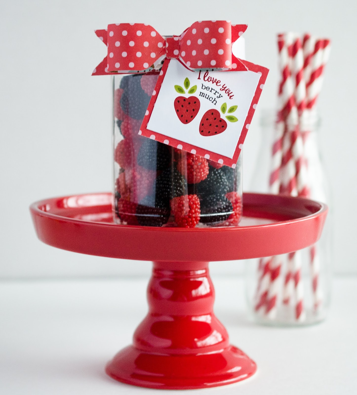 23 Easy Valentine's Day Crafts That Require No Special ...