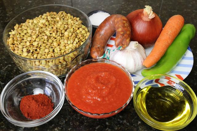 Ingredientes para lentejas estofadas con chorizo