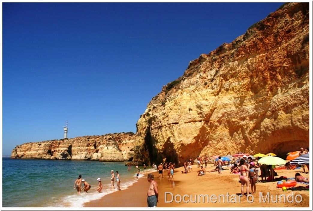 Praia dos Caneiros; Praias do Concelho da Lagoa; Praias no Algarve