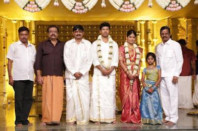 guests-at-Actress-Vijayalakshmi-wedding4