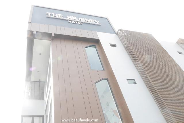 The Journey Hotel Jogja punya interior dan eksterior yang bagus
