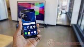 Bagian depan Samsung Galaxy S7