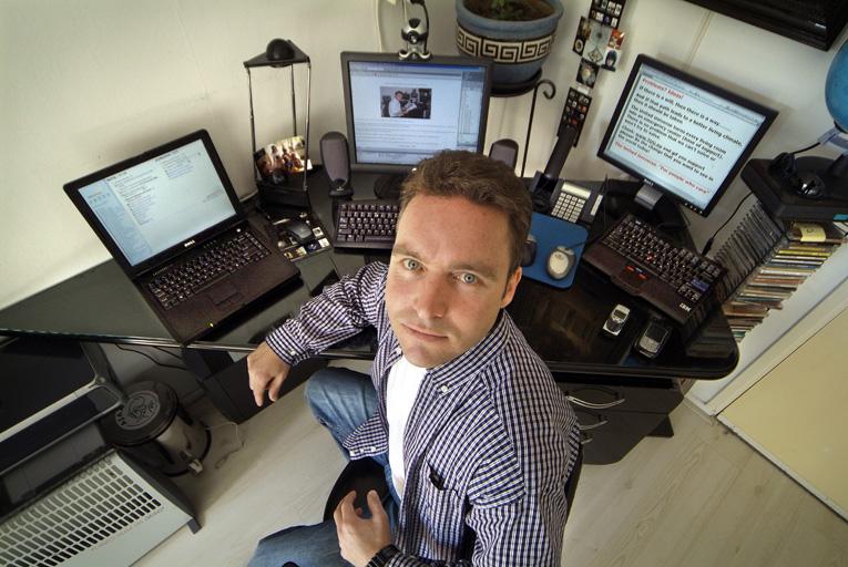 Работа удаленно программист украина работа херсон удаленно