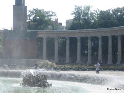 viena-monumentul-armatei-rosii-3