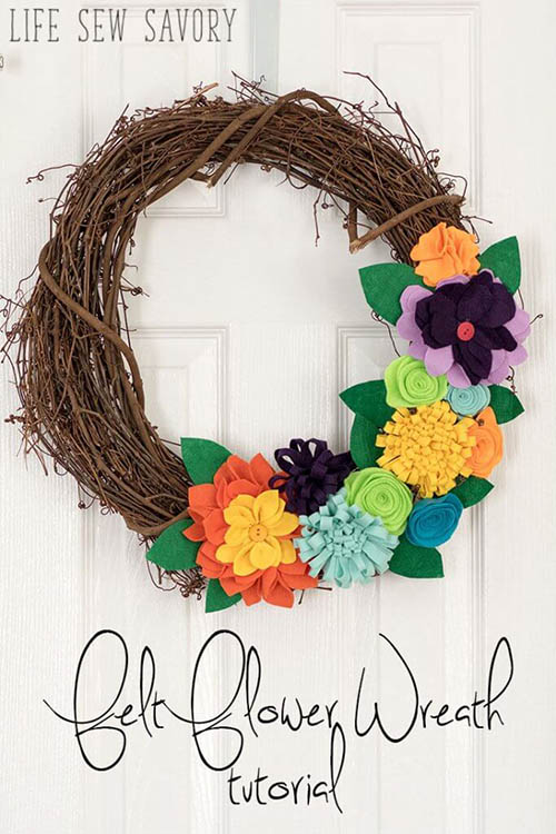 Life Sew Savory - Felt Flower Wreath Tutorial