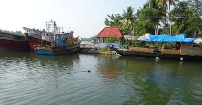 alumkadavu kollam backwaters