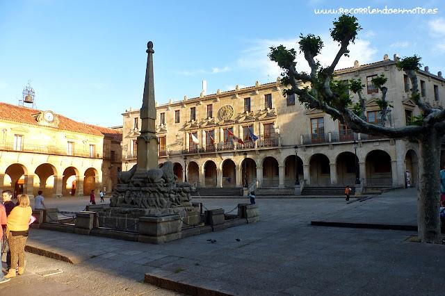 Plaza mayor, Ayuntamiento de Soria