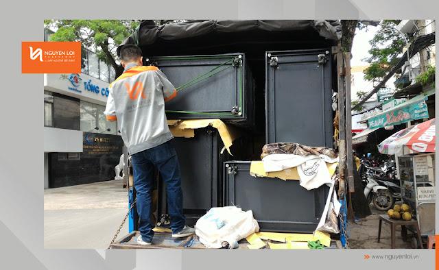 thuê xe tải chở hàng tủ rack