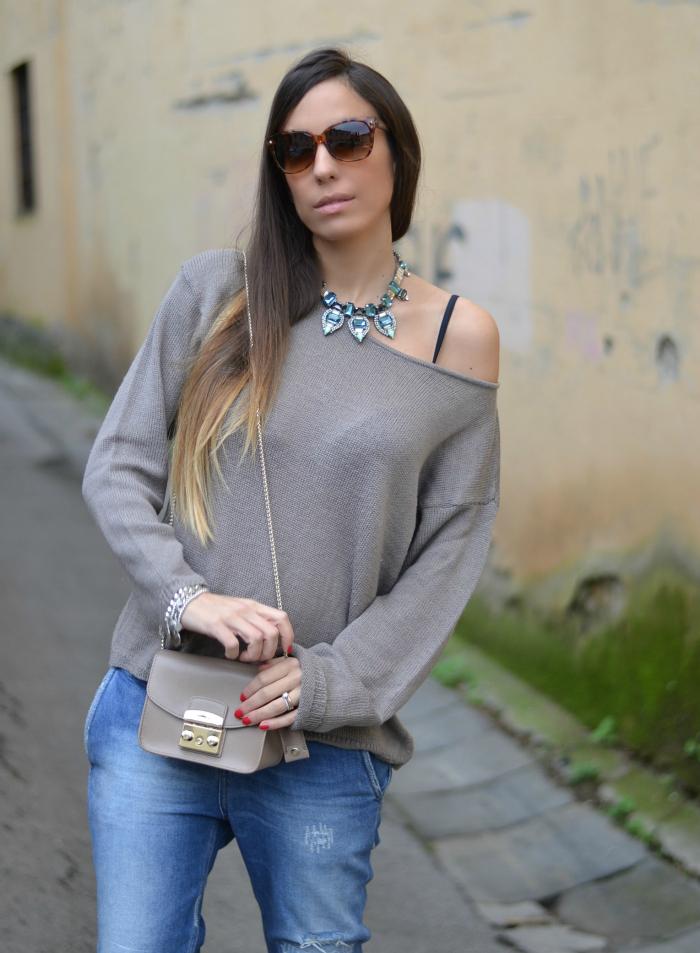 maglione color tortora
