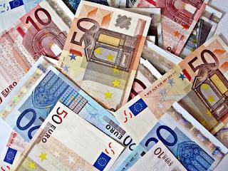 imagen-billetes-euros-subasta-de-letras