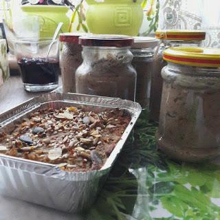 pasztetowa, watróbka z cebulką, łopatka gotowana z selerem i pietruszką
