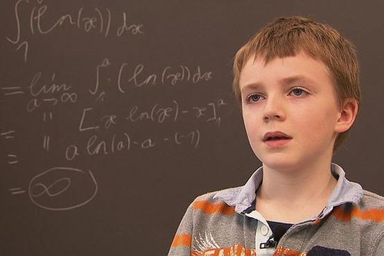 Criança de 10 anos concluiu provas de um bacharelado em Matemática com a nota máxima