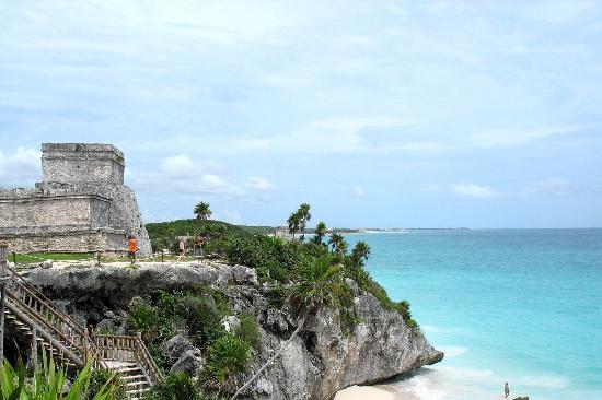 NGEBLOG IS FUN: 10 Pantai Terbaik
