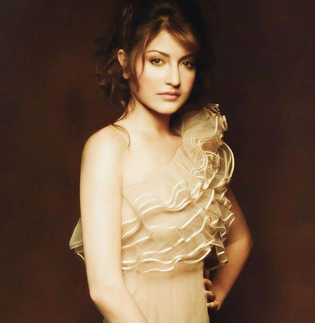 Anushka Sharma Hd Wallpapers  Wall Pc-3127
