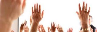 manos alzadas votacion junta propietarios