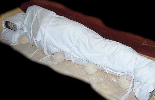 Inilah Tahapan Yang Akan Terjadi Pada Tubuh Kita Ketika Di Dalam Kubur