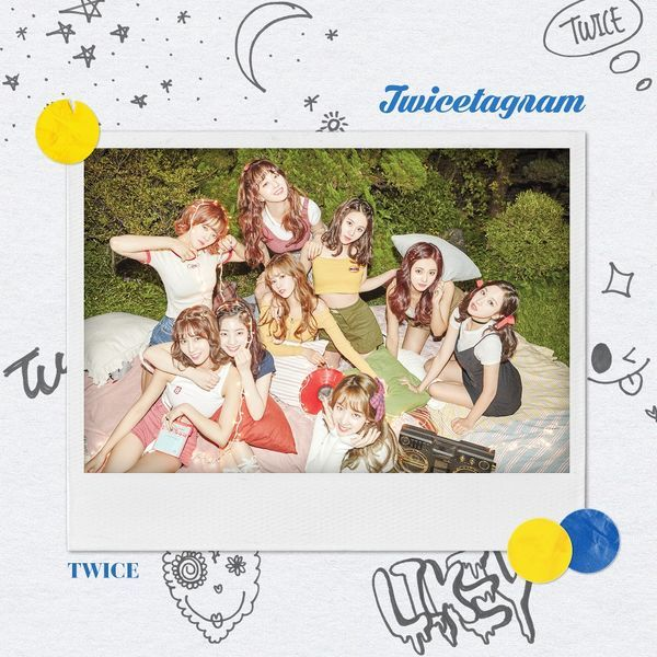 Lirik Lagu Twice - Love Lin