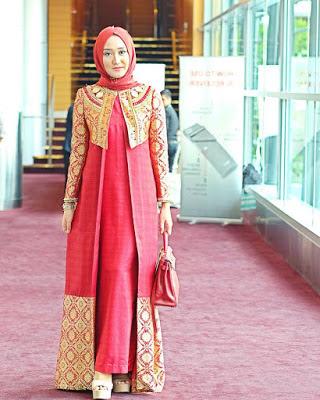 Model Blazer Batik Dian Pelangi Terbaru Pasangan Baju Gamis