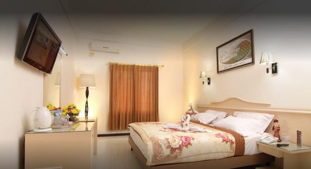 Ollino Garden Hotel Malang.