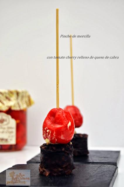 pincho-morcilla-tomate-cherry-queso-cabra1