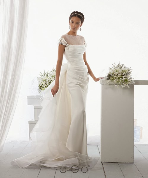 abito Le Spose di Giò 2014 in stile greco per nozze a tema