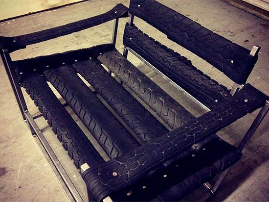 contoh kursi minimalis dari ban bekas